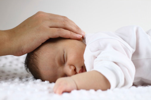 bambino nato da embrione
